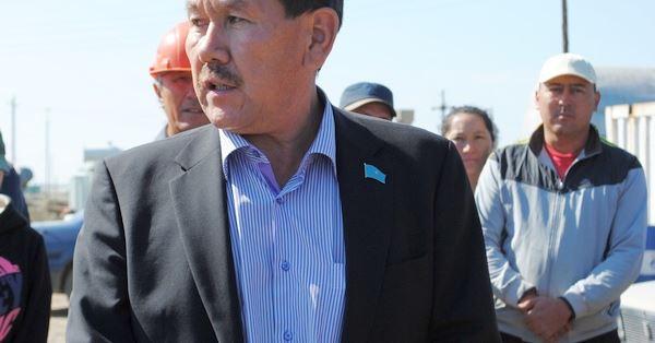 Кто не работает, тот ест: Аграрии попросили сенаторов ввести наказание за тунеядство