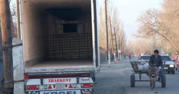 Жители Жаркента: коронавирус оставил нас без работы и денег