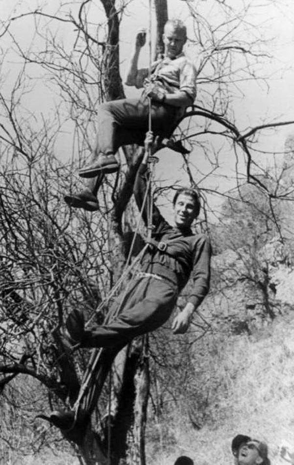 В. А. Колодин и А. П. Колегов во время тренировки