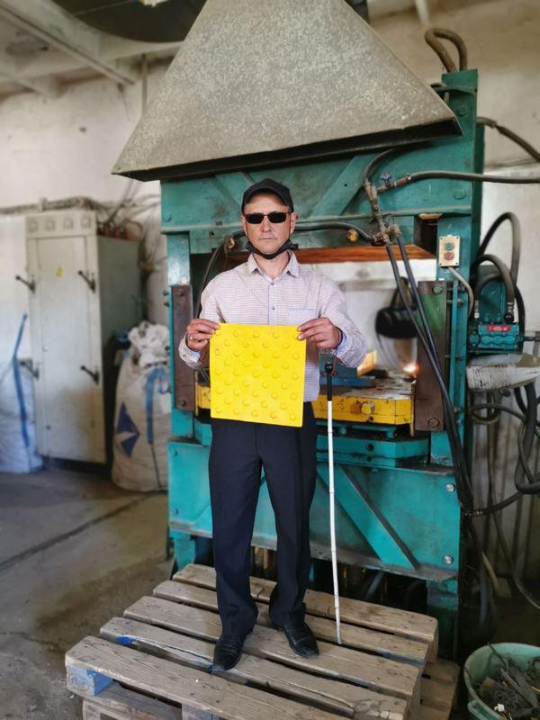 Андрей Зелевский уверен, что мусор может быть полезен